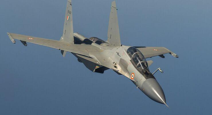 Indische Flugzeuge in Frankreich für Garuda 2019